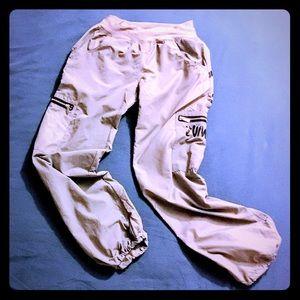 Zumba Wear Grey Convertible Cargo Pants NWOT Small